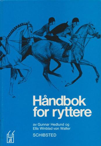 Håndbok for ryttere med grunnleggende ridelære sprang og terrengridning i bilder.