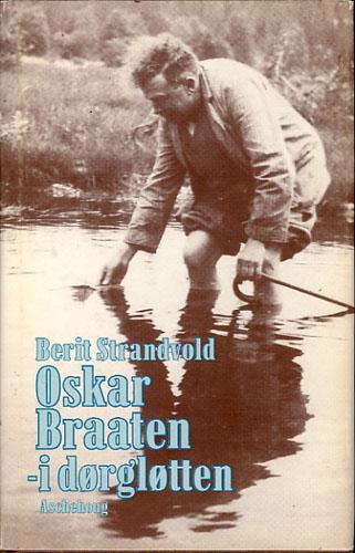 (BRAATEN, OSKAR) Oskar Braaten - i dørgløtten.